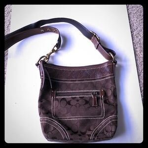 Coach classic C crossbody purse
